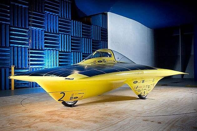 在电动汽车解决电池密度,续航等核心问题之前,燃料电池汽车,太阳能