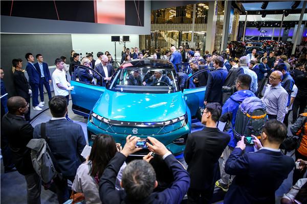 2-BYTON Concept在北京车展首日引发强烈关注.jpg