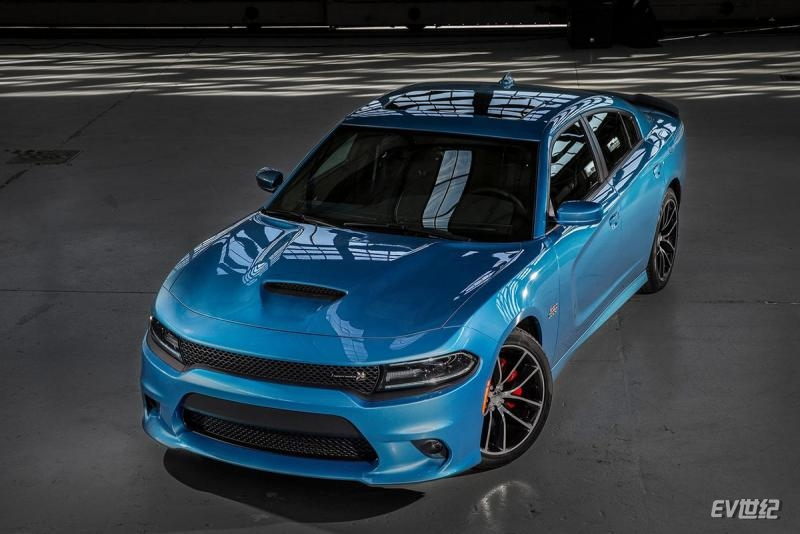 Dodge-Charger-2015-1280-06.jpg