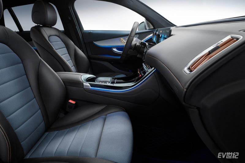 Mercedes-Benz-EQC-2020-1600-32.jpg