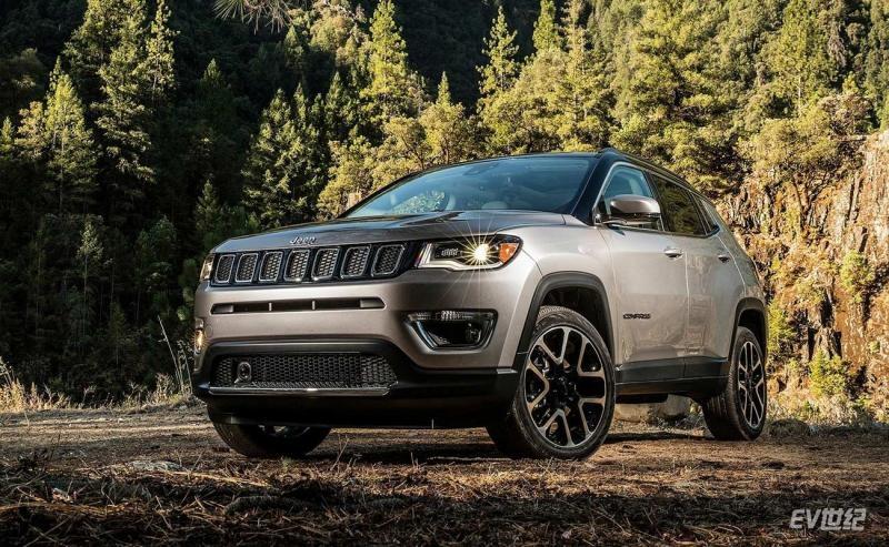 Jeep-Compass-2017-1600-03.jpg