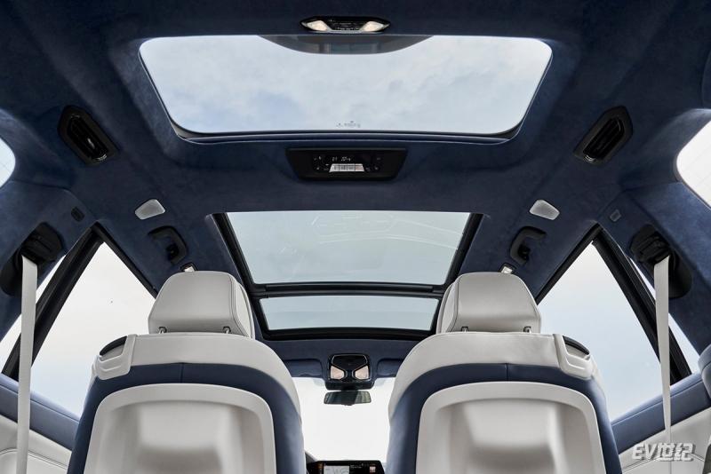 BMW-X7-2019-1600-c9.jpg