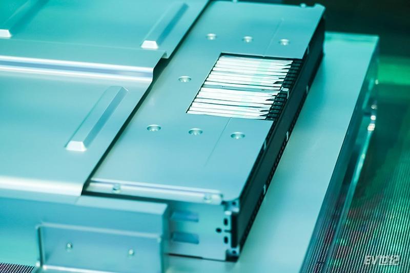 6. 远景AESC新一代Gen5-811 AIoT动力电池.jpg