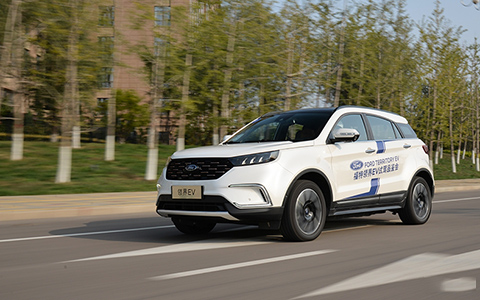 合资紧凑电动SUV,福特领界EV