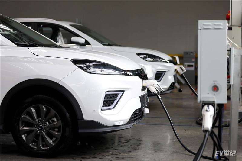 威马汽车已率先进入V2G技术落地应用的车企第一梯队,成为首家落地应用该技术的造车新势力_副本.jpg