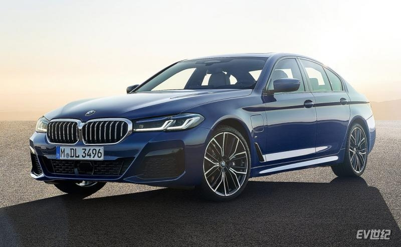 BMW-5-Series-2021-1600-04.jpg