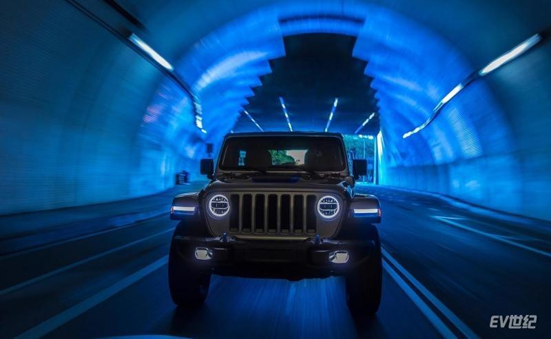 Jeep-Wrangler_Rubicon_4xe-2021-1600-17.jpg