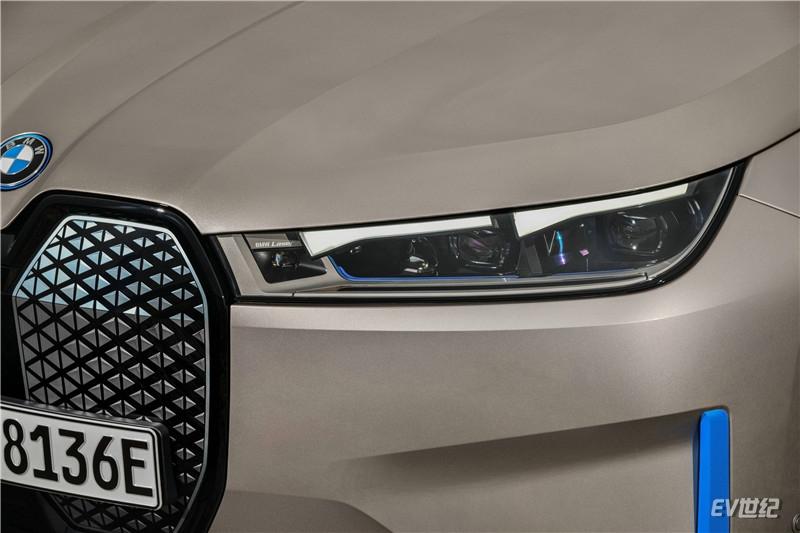 05.创新纯电动BMW iX纤细大灯单元_副本.jpg