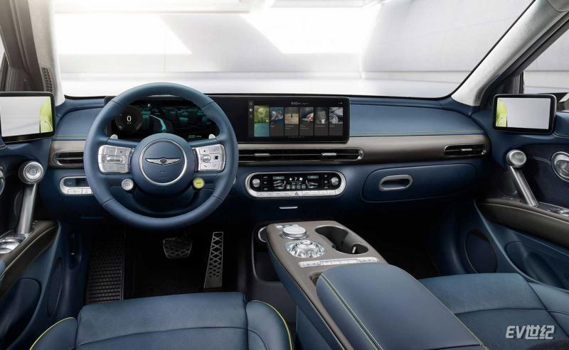 genesis-gv60-interior-(1).jpg