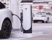 电池比车贵?特斯拉第一批过保车主愁坏了,官换电池报价14.5万!